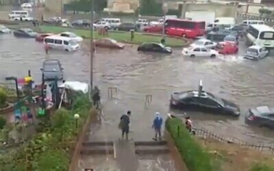 Screen capture from video of flooding in Egypt, October 23, 2019. (Twitter)