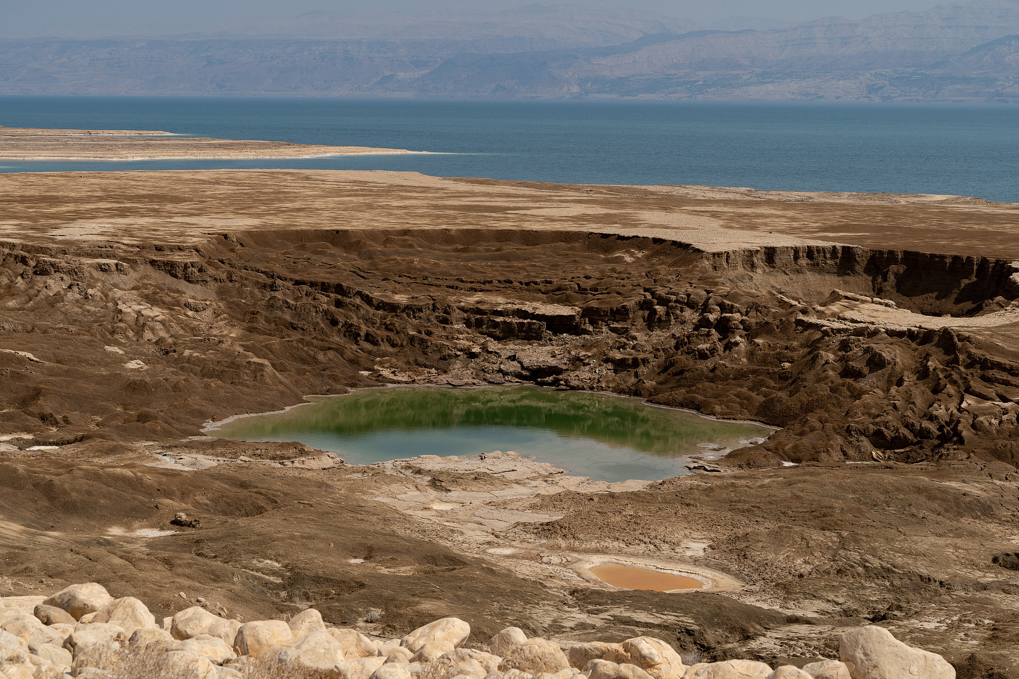 View of a sinkhole near the Dead Sea, southern Israel, October 4, 2018 . Sinkholes are a result of the continuing sea level drop of the Dead Sea.(Yaniv Nadav/FLASH90)