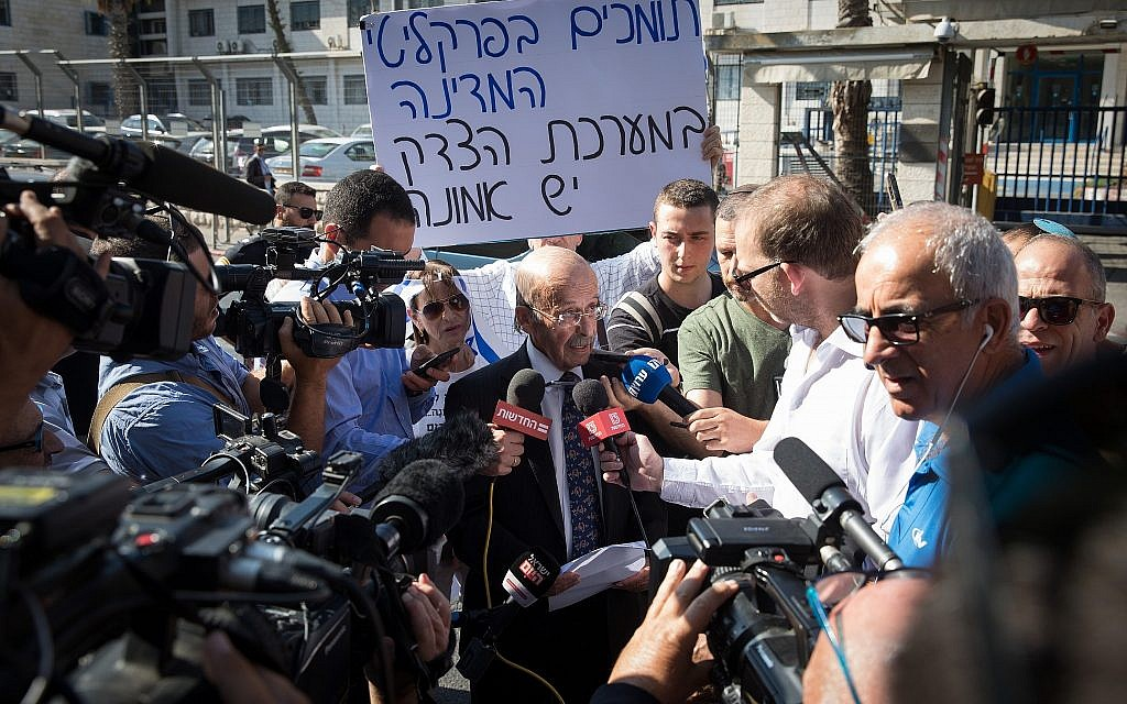 Prime Minister Benjamin Netanyahu's attorney Ram Caspi arrives at the Justice Ministry in Jerusalem for a pre-indictment hearing on the prime minister's corruption investigations, on October 2, 2019. (Noam Revkin Fenton/Flash90)