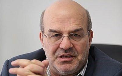 Isa Kalantari, head of Iran's Department of Environment (CC BY-SA Erfan Kouchari/Wikimedia Commons)