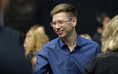 Yair Netanyahu, son of Prime Minister Benjamin Netanyahu, at an election event in Tel Aviv, September 18, 2019. (Gili Yaari/Flash90)