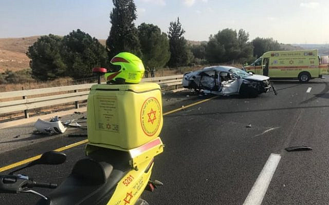 The scene of a deadly car crash on Route 6 near Ben Shemen, October 19, 2019. (Magen David Adom)