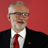 Britain's main opposition Labour Party leader Jeremy Corbyn delivers a speech on leadership and what a Labour government will achieve, during an election campaign event in Telford, central England on November 6, 2019. (Adrian DENNIS / AFP)