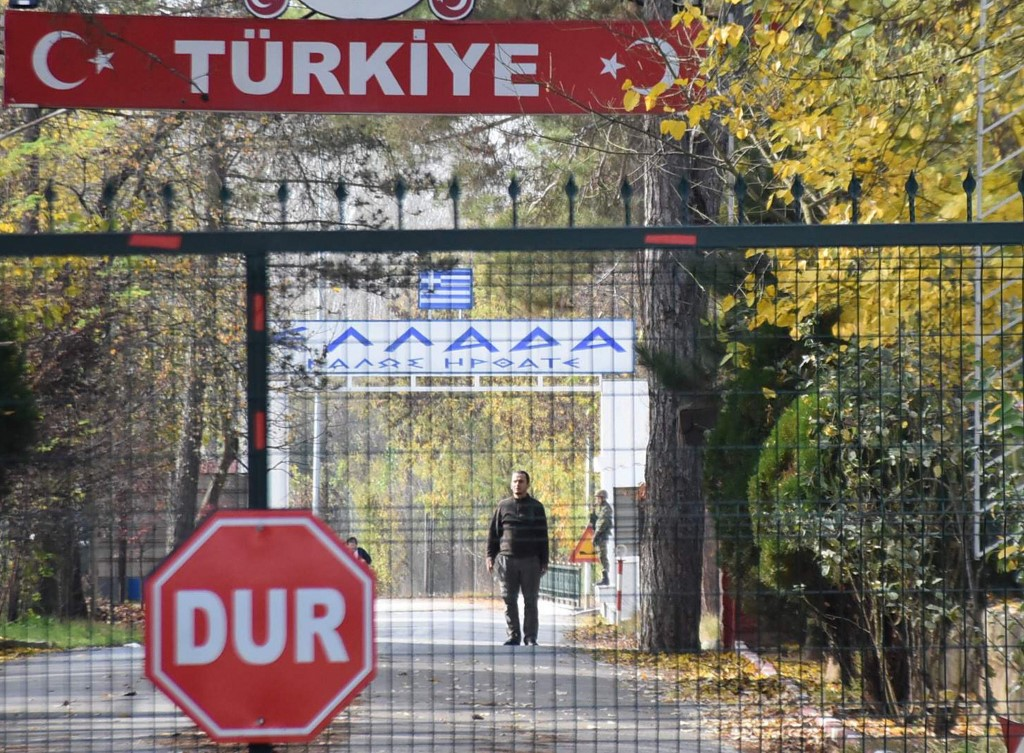 Daesh fighter is sent back to U.S. by Turkey