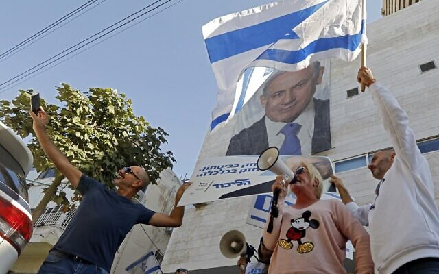 Netanyahu faces court, party challenges