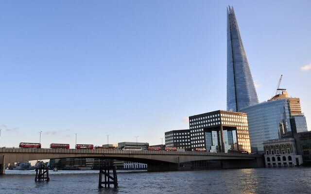 A general view of London Bridge is pictured in central London on November 29, 2019 (Ben STANSALL / AFP)