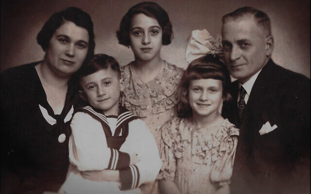 The Gildin family in Germany: parents Abraham and Fanny (Faiga), daughters Cele and Margaret, and son Herbert. (Courtesy Tyler Gildin)