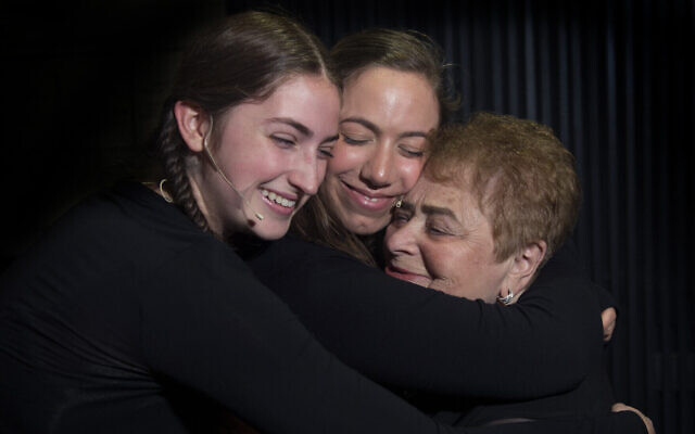 Holocaust survivor Khana Kuperman, right, with Samantha Schabot, left, and Diana Hoffstein, center, at the Witness Theater production, 'The Spirit of Hope,' by students at the Yeshiva of Flatbush Joel Braverman High School, Sunday April 23, 2017. (Debbie Egan-Chin/New York Daily News/ Courtesy Rudavsky)
