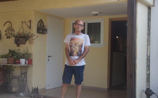 Kibbutz Nahal Oz spokesman Daniel Rahamim outside his home on November 14, 2019. (Jacob Magid/Times of Israel)