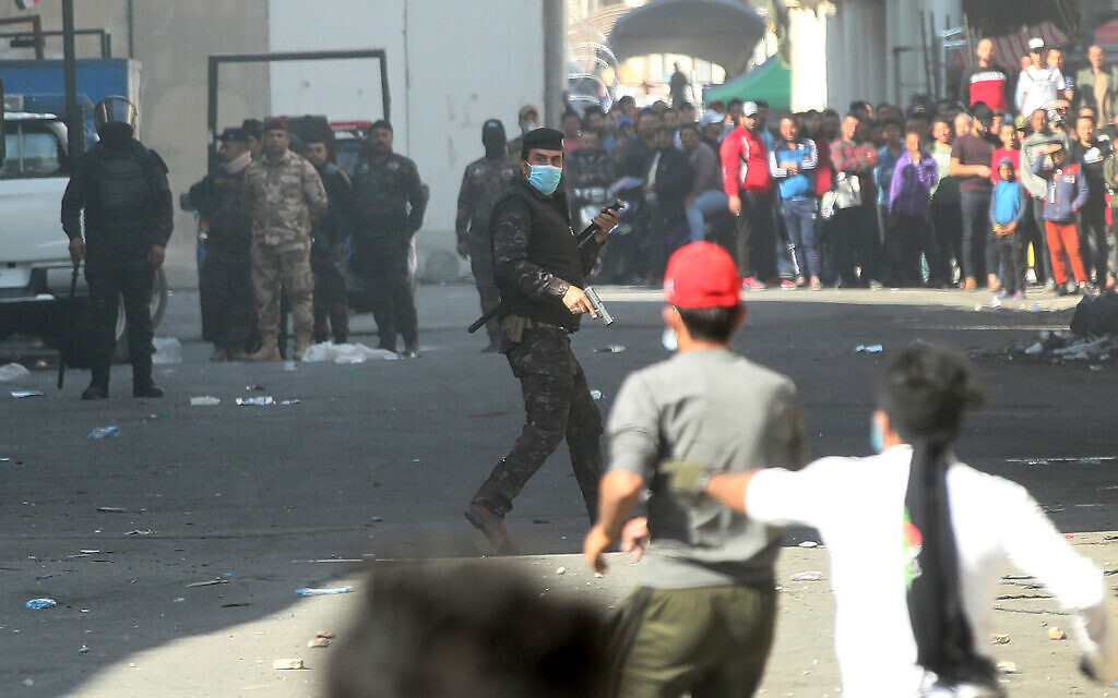 4 protesters killed, raising death toll in fierce Baghdad clashes