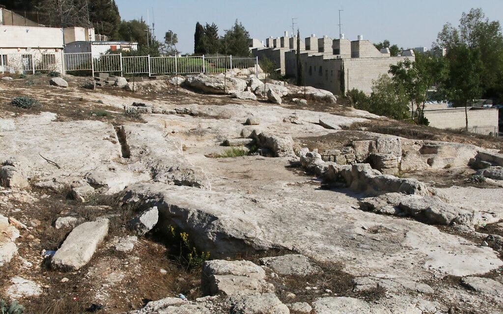 An archaeological site near Gan Hayeda in Pisgat Zeev, Jerusalem. (Shmuel Bar-Am)