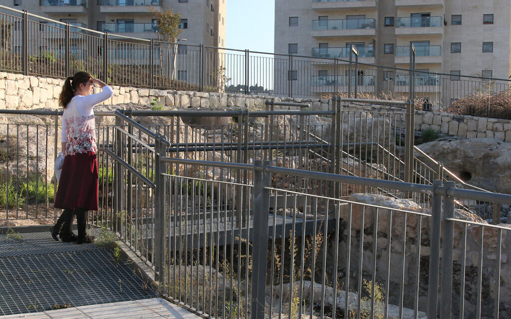The entrance to an archaeological site in Jerusalem's Pisgat Zeev neighborhood. The rapidly growing area is dotted with small sites that date back over 1,500 years. (Shmuel Bar-Am)