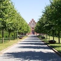 Ostre Kirkegard cemetery in Randers, Denmark (screen capture: Google street view)