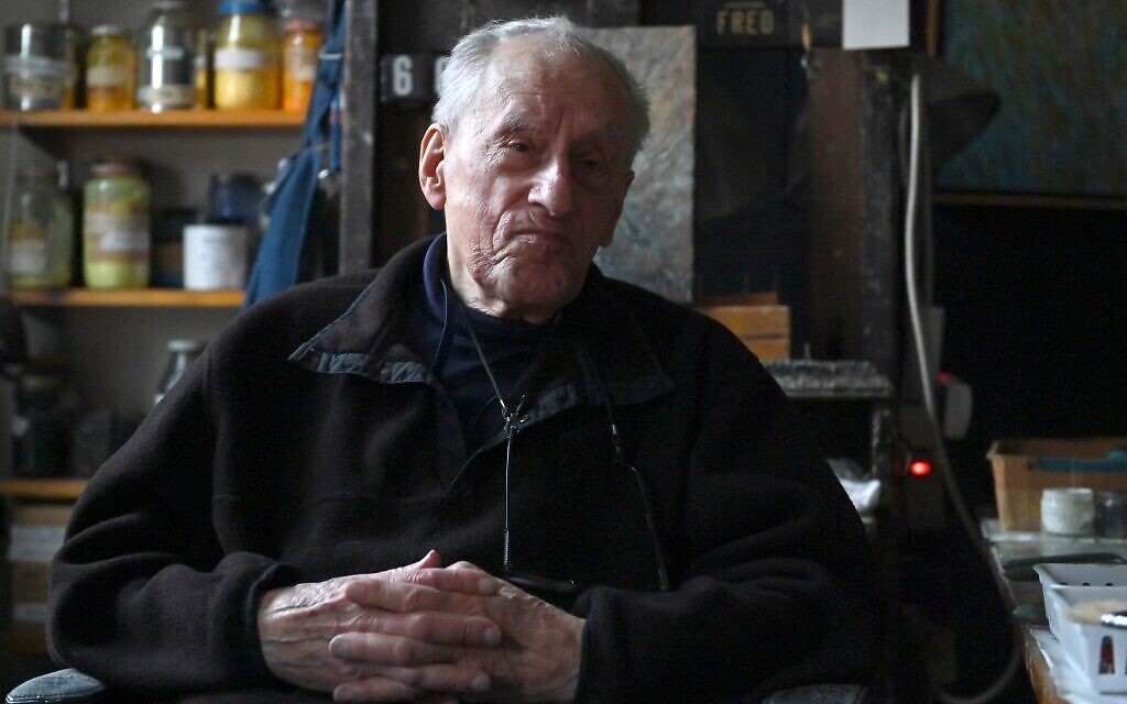 Auschwitz survivor says he fears global rise of anti-Semitism