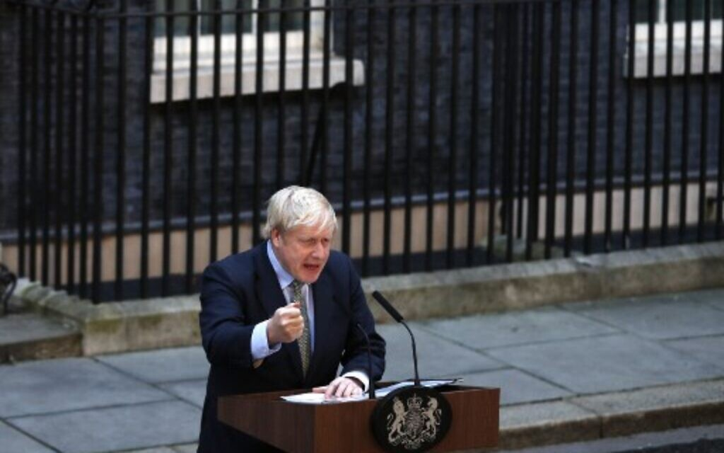 After commanding election win, Johnson urges UK to 'let the healing begin'