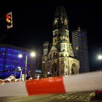 Police secure the area around the Breitscheidplatz near the Christmas market on December 21, 2019 in Berlin (Gregor Fischer / dpa / AFP)