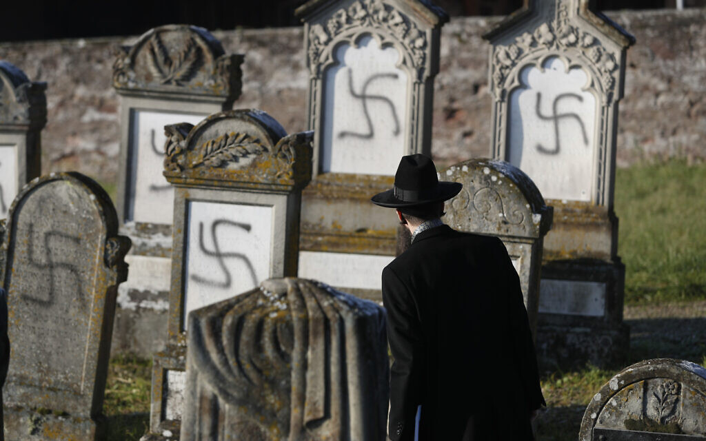 Less than half of French confident of government ability to tackle anti-Semitism
