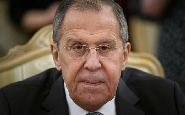 Russian Foreign Minister Sergey Lavrov listens to Iranian Foreign Minister Mohammad Javad Zarif during their talks in Moscow, Russia, December 30, 2019. (AP Photo/Alexander Zemlianichenko)