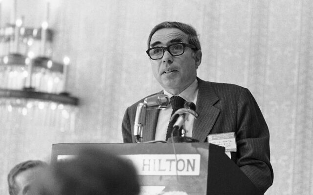 In this Nov. 12, 1976, file photo, Felix Rohatyn, head of New York's Municipal Assistance Corp. (MAC) speaks at a meeting of the University of Hartford's tax institute in Hartford, Conn. (AP)