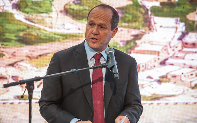 Likud MK Nir Barkat speaks at the opening of an ancient road at the City of David archaeological site in the East Jerusalem neighborhood of Silwan, June 30, 2019. (Flash90)