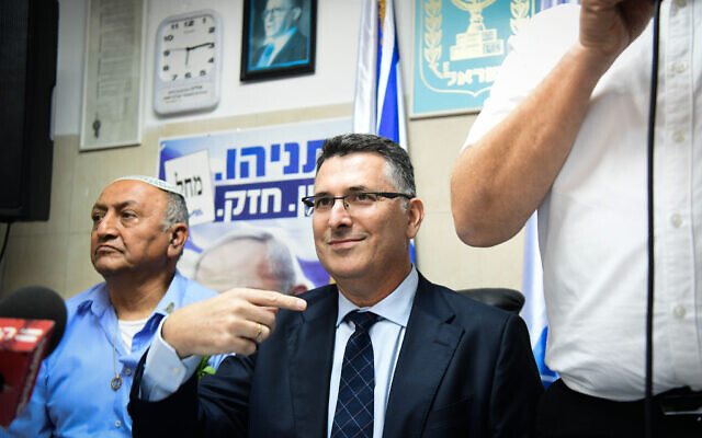 Likud MK Gideon Sa'ar seen with Likud supporters during an Event in Hod Hasharon, November 25, 2019. (Yossi Zeliger/Flash90)