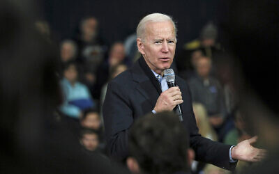Democratic presidential candidate and former vice president Joe Biden speaks at a campaign event in Nashua, New Hampshire, December 8, 2019. (AP Photo/Cheryl Senter)