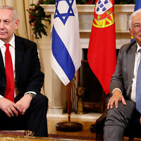 Prime Minister Benjamin Netanyahu, left, and Portuguese Prime Minister Antonio Costa meet at the Sao Bento palace in Lisbon, December 5, 2019. (AP Photo/Armando Franca)