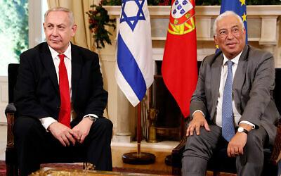 Prime Minister Benjamin Netanyahu, left, and Portuguese Prime Minister Antonio Costa meet at the Sao Bento palace in Lisbon, December 5, 2019. (AP Photo/Armando Franca)