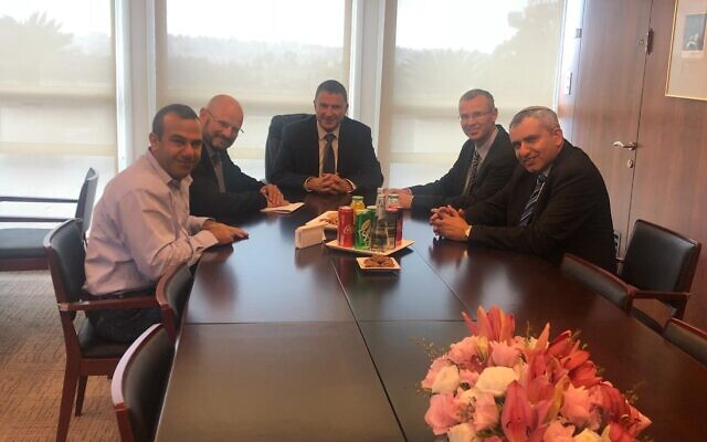 Knesset Speaker Yuli Edelstein, center, meets with negotiators from the Likud party and Blue and White party, in the Knesset, December 1, 2019. (Courtesy)