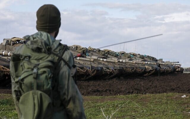 Israeli troops in the Golan Heights on the border with Syria, January 3, 2020. (Jalaa Marey/ AFP)
