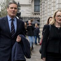 Keir Starmer (L) Rebecca Long-Bailey of the UK Labour Party arrive at the cabinet office for Brexit talks in London, April 9, 2019. (Niklas Halle'n/AFP)