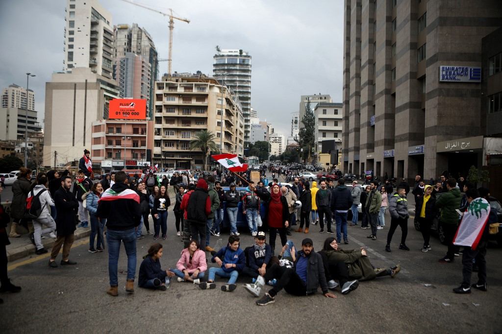 Violent clashes continue in Lebanon over finance woes, fractured government