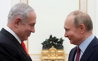 Russian President Vladimir Putin (right) meets with Prime Minister Benjamin Netanyahu at the Kremlin in Moscow on January 30, 2020. (MAXIM SHEMETOV / POOL / AFP)
