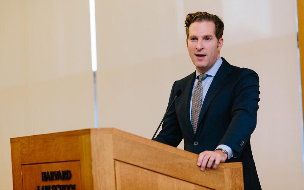 Prof. Noah Feldman speaks at the Julis-Rabinowitz Program on Jewish and Israeli Law at Harvard Law School, Inaugural Event. (Leona Campbell)