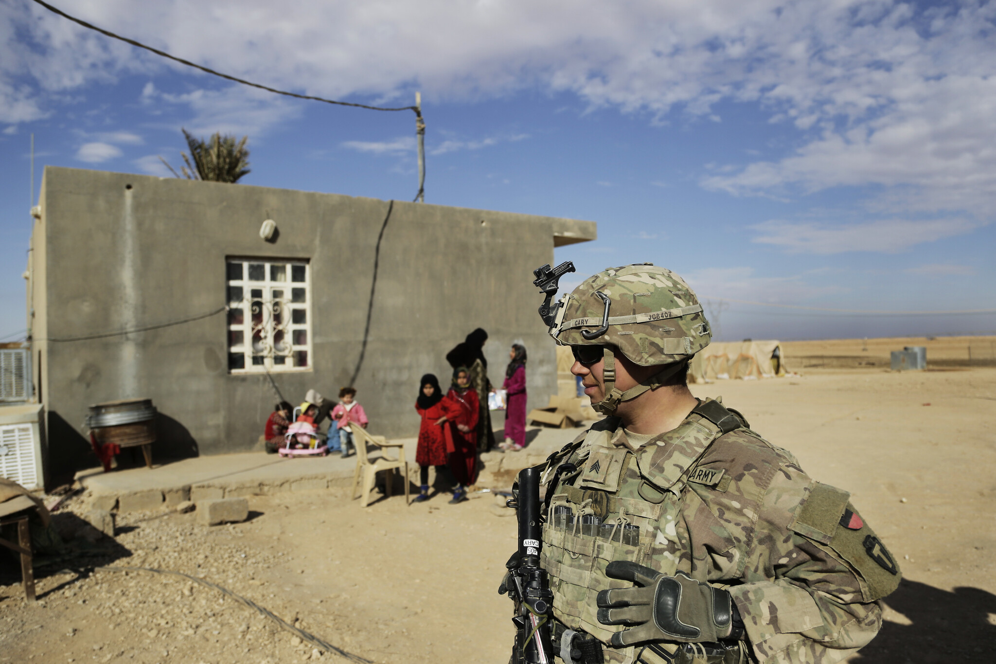 US insists it has no plans to withdraw its troops from Iraq