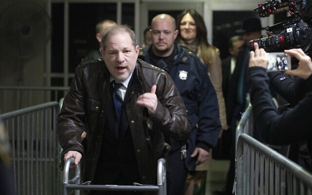 Harvey Weinstein gestures as he walks by reporters as he leaves a Manhattan courtroom after attending jury selection for his trial on rape and sexual assault charges, January 17, 2020 in New York. (AP Photo/Mark Lennihan)