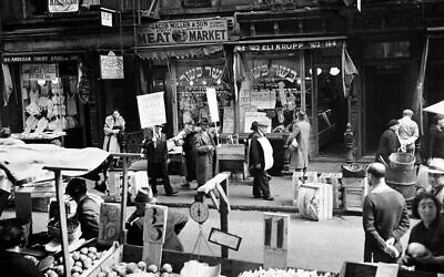 Kosher butchers picket outside a shop in the heart of a Jewish neighborhood on Orchard Street in New York's Lower East Side, October 4, 1937.  (AP Photo)