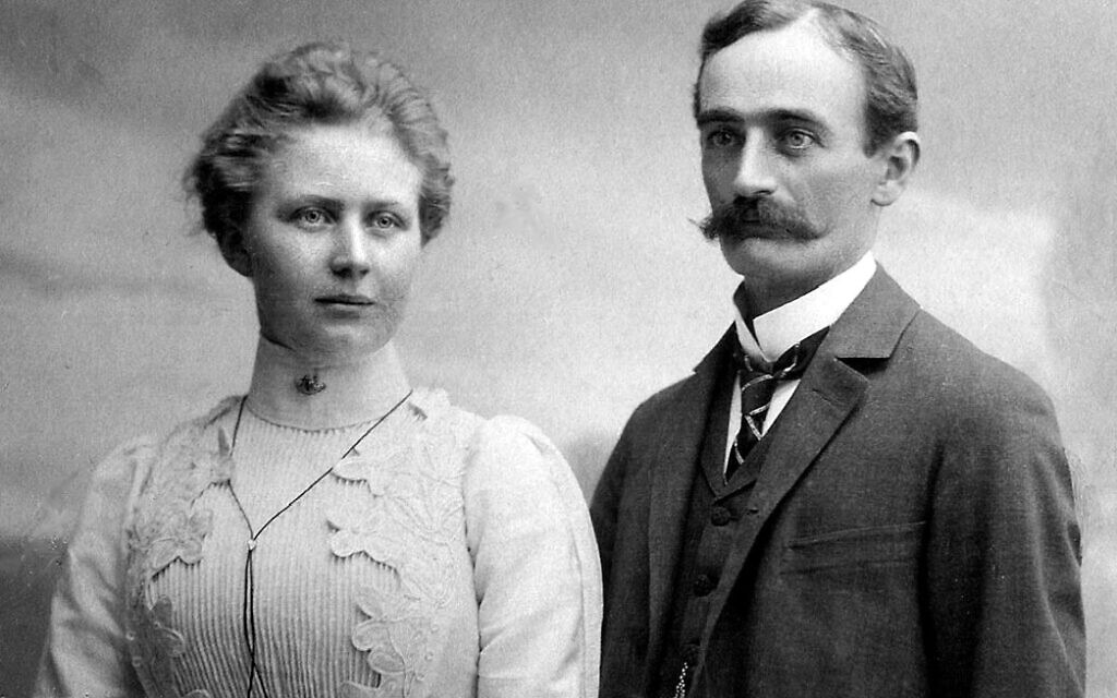 A 1902 photo believed to be of Elisabeth and Friedrich Trump, immigrants to the US and grandparents of Donald Trump. (Public domain)