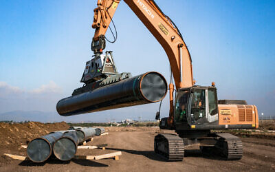 Illustrative: Work on a gas pipeline in northern Israel in 2018 (Anat Hermony/Flash90)