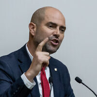 Justice Minister Amir Ohana speaks at the Knesset on September 11, 2019. (Yonatan Sindel/Flash90)