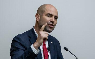 Justice Minister Amir Ohana speaks at the Knesset on September 11, 2019. (Yonatan Sindel/Flash90)