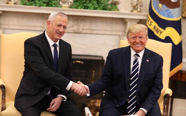 US President Donald Trump meets with Blue and White party leader Benny Gantz in the White House in Washington on January 27, 2020 (Elad Malka)