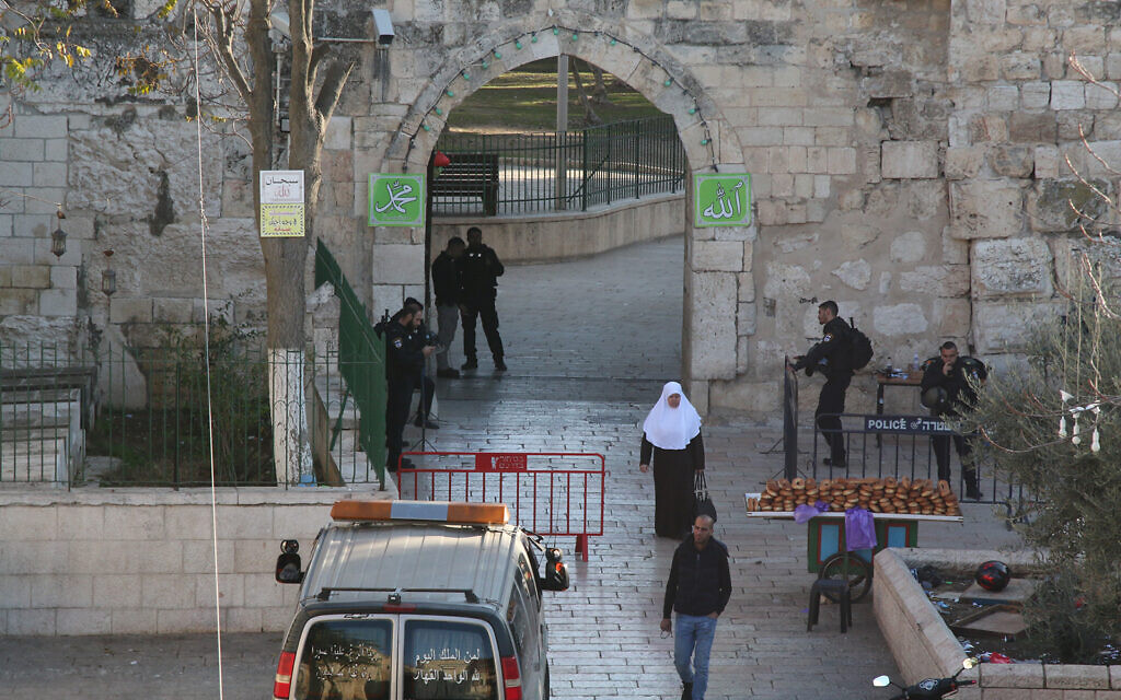 The Tribes Gate entrance to the Old City, through which IDF paratroopers entered the Old City during 1967's Six Day War. (Shmuel Bar-Am)