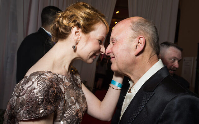 Actress Susan Lynskey eskimo kisses theater advocate Victor Shargai at the Helen Hayes Awards on April 21. Shargai was honored at the evening with the Helen Hayes Tribute for serving as theatreWashington's board chairman since 1997 ( Kate Warren for The Washington Post via Getty Images/JTA).