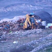 Israeli forces raze a pair of illegal homes at the Kumi Ori outpost on January 15. (Elazar Riger)
