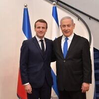 PM Benjamin Netanyahu (right) hosts French President Emmanuel Macron at the Prime Minister's Residence in Jerusalem, January 22, 2020 (Koby Gideon/GPO)