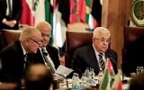 Palestinian Authority President  Mahmoud Abbas (R) and Palestine Liberation Organisztion (PLO) Secretary-General Saeb Erekat (C) look on as Arab League Secretary-General Ahmed Aboul Gheit (L) reads a statement during an Arab League emergency meeting discussing the US-brokered proposal for a settlement of the Middle East conflict, at the league headquarters in the Egyptian capital Cairo on February 1, 2020 (Khaled DESOUKI / AFP)