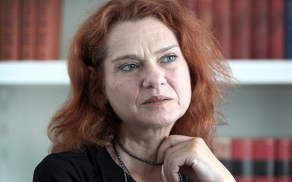 Despite acquittal, exiled Turkish author fears for her life if she returns home