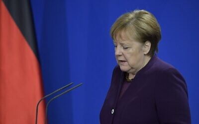 German Chancellor Angela Merkel gives a statement on February 20, 2020, at the Chancellery in Berlin (Tobias SCHWARZ / AFP)