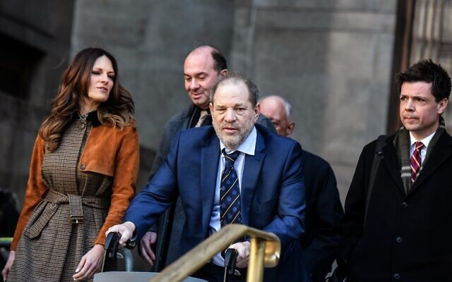 Movie producer Harvey Weinstein departs his sexual assault trial at New York Criminal Court with his lawyer Donna Rotunno, left, in New York City, on February 14, 2020.  (Stephanie Keith/Getty Images/AFP)